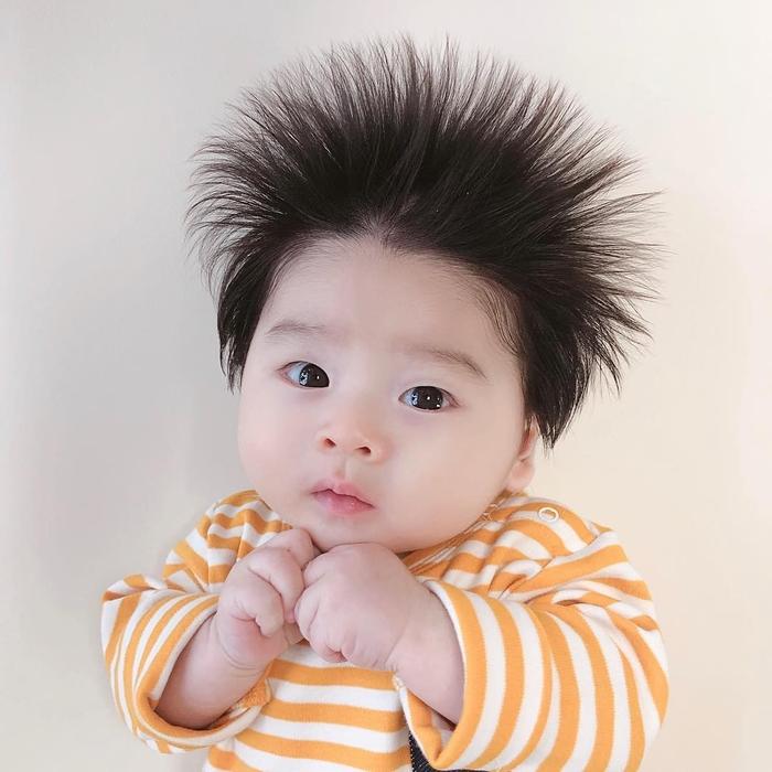 Những thú vị về tóc của trẻ sơ sinh không phải ai cũng biết